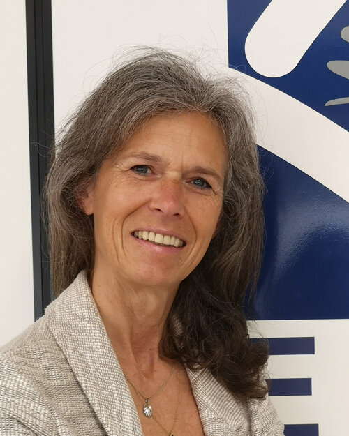 Helga Loessl